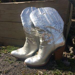 Miranda Lambert Silver Metallic Cowboy Boots